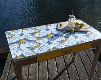 Small relooked wood table, one drawer, hand painted, lemon decor