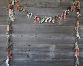 Grandma Attic Vintage Scrap Fabric Bunting