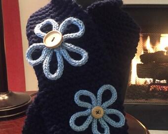 Hand knit childrens scarf