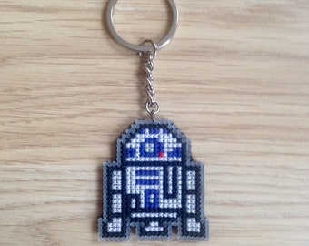 Star Wars R2D2 Keychain, Cross Stitched Keychain, Star Wars Gift, R2D2, Charm, Pixel Art
