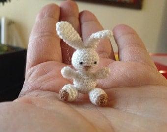 Micro Rabbit amigurumi