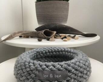 Leo & Bea knit bowl