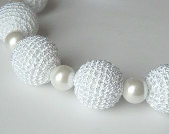 White crochet necklace.  Bridal jewelry. Wedding jewelry. Necklace on ribbon. Crochet jewelry. Motherdays gift