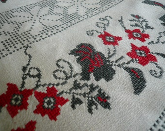 Ukranian towel, Handwoven towel, Rushnyk, Cross stitch embroidered towel. Unbleached linen. 3.1 to 0.53 yd