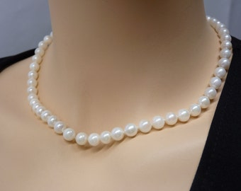 Single Akoya Pearl Necklace 15 inches