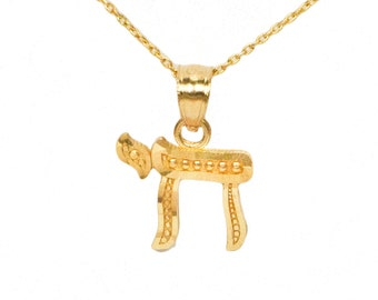 10k Yellow Gold Chai Necklace