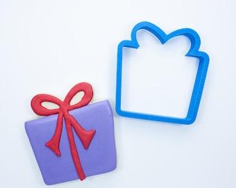 Birthday Gift Cookie Cutter | Birthday Cookie Cutters | Birthday Present Cookie Cutter | Mini Cookie Cutter | Unique Cookie Cutters