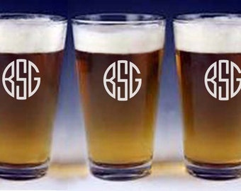Monogrammed pint beer glasses great for groomsman gift