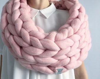 Woolnia Super chunky big infinite scarf.Cowl.Snood.Chunky scarf.Big yarn scarf.Merino wool.Hand knit scarf.Gift for women.Infinite scarf.