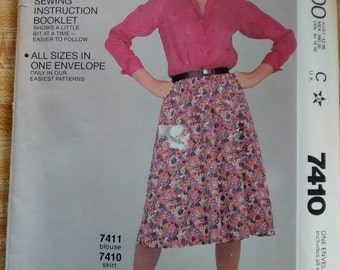 Uncut McCalls Easy Fit Easy Sew Pattern 7410 Flared Skirt with Back Zipper Size Petite Small Medium Large