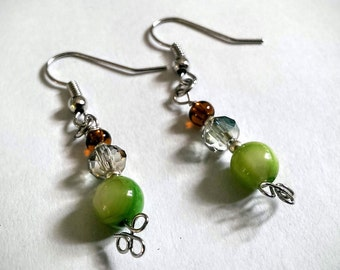 Spring Pea Earrings