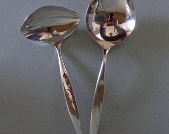 Flight Oneida Silverplate Vintage Flatware Serving mixed lot Gravy Ladle, Casserole Spoon -Serving Spoon