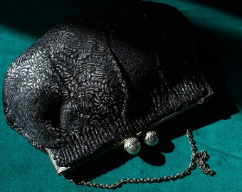 Black and Silver Pleated Brocade Vintage Eaton's Evening Purse 1920s
