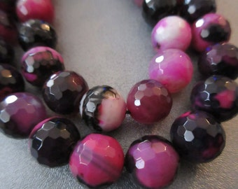Fuchsia Agate Faceted 12mm Round Beads 32pcs