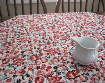 Red Floral Tablecloth, Vintage Style, Square Tablecloth, Floral Tablecloth, Cotton Tablecloth, Kitchen Linens, Kitchen Decor, Ready to Ship