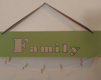 Family photo picture hanger