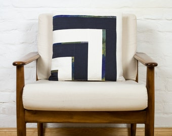 """Log Cabin Pillow Cover 18"""""""