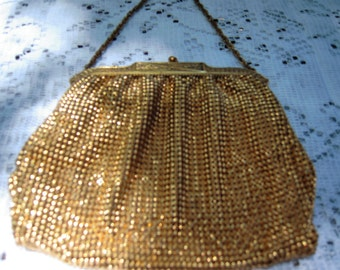 Gorgeous Gold Whiting & Davis Chainmail Handbag With Ornate Brass Etched Frame - Short Chain Link Handle