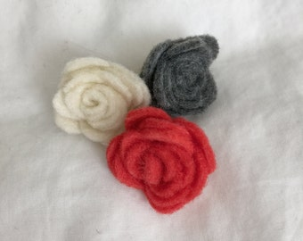 Lot of 3 Flower Pins