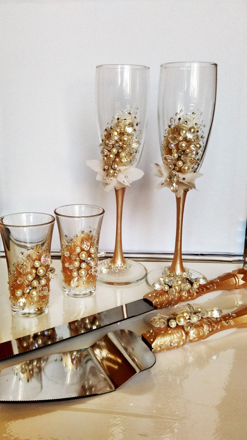 Personalized Wedding Flutes And Cake Server Set Shot Glasses