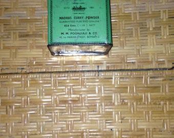 Madras curry powder tin