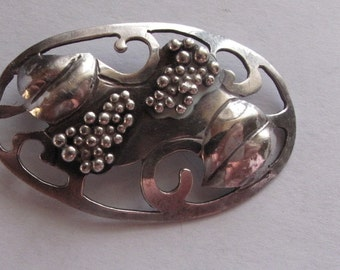 Sterling Pin Brooch Art Nouveau Style Grapes Leaves Vintage