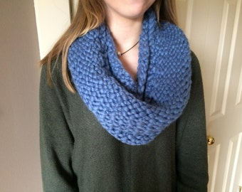 Cowl, Hand-knitted