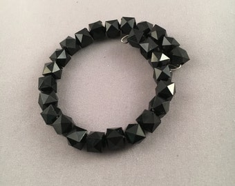 Black Faceted-Bead Memory Bracelet