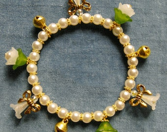 Good luck charm-bracelet - fit made for you also in the colour of your choice!