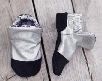 Silver Metallic Faux leather Baby Shoe, Soft Sole Baby Shoe, Baby Booties, Non Slip, Handmade,  Baby Moccasins