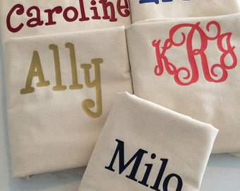 Monogrammed Laundry Bag- Personalized Clothes Laundry Bag- Monogrammed Dorm Laundry Bag- Personalized Gift- Dirty Clothes Bag- Laundry-001