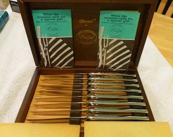 Vintage Carvel Hall - Great Blades - Somerset Stainless Steel Steak Knives Set