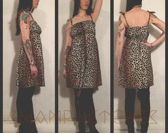 Vintage 70's leopard dress