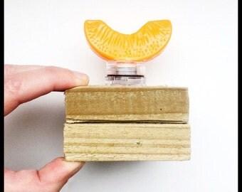Small orange slice light