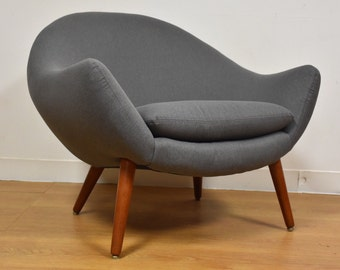 Grey Teak Lounge Chair