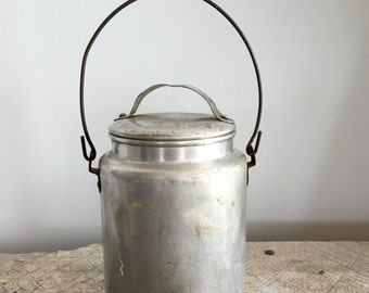 Vintage Galvanized Metal Bucket/Pail