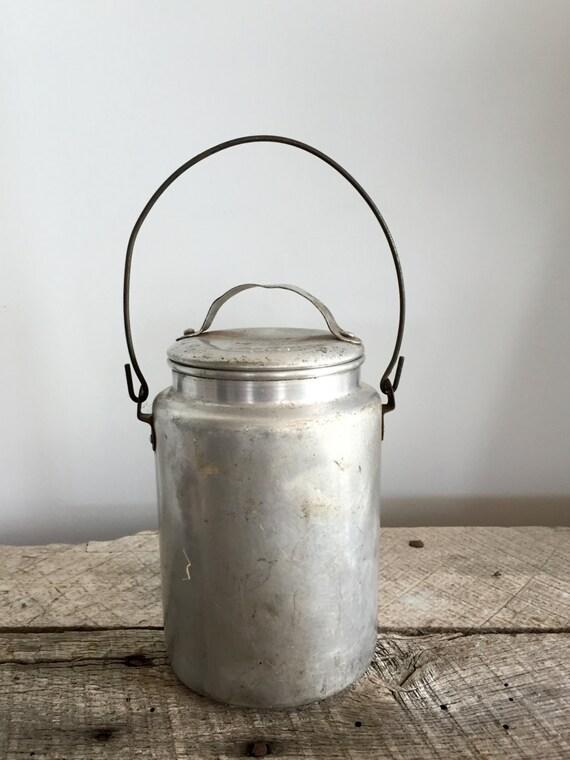 Vintage Galvanized Metal Fence Top Finial Fence Post: Vintage Galvanized Metal Bucket/Pail
