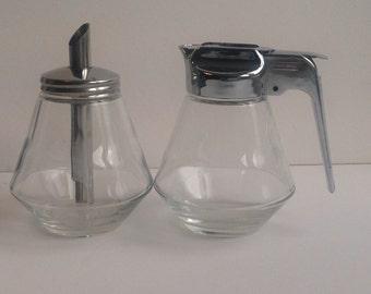 Stoha milk and sugar jugs