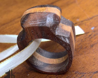 Walnut and Oak ring - US size 7 1/2