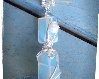Silver plated copper with opalite pendant and Freshwater Pearl