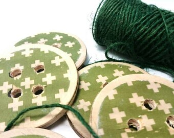 Green wood button