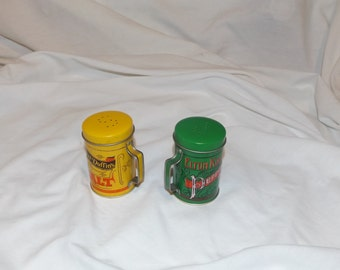Vintage Salt and Pepper Shakers Metal Olde Tyme Motif
