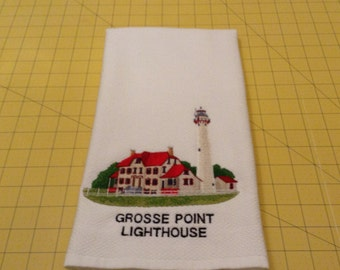 Grosse Point Lighthouse, Evanston, Illinois. Embroidered Williams Sonoma White Kitchen Hand Towel