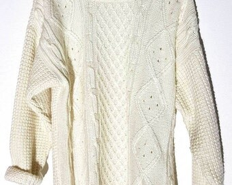 White vanilla knitted sweater vintage 90s