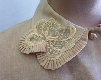 Vintage 1950s Cream Blouse with Collar Detail Pearl Buttons Made By Karmen Fashions