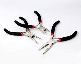 Set of 3 pliers for jewellery