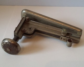 Vintage Stapler - probably 1930 or 1940s