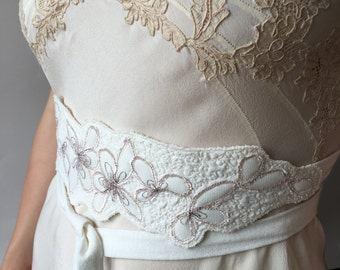 Wedding dress sash with lace