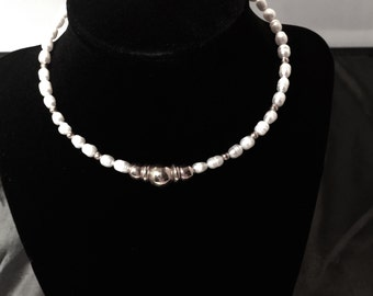 Handmade gorgeous Freshwater Pearl and genuine 925 silver Necklace