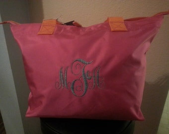 Monogrammed Tote bag with zippered main compartment